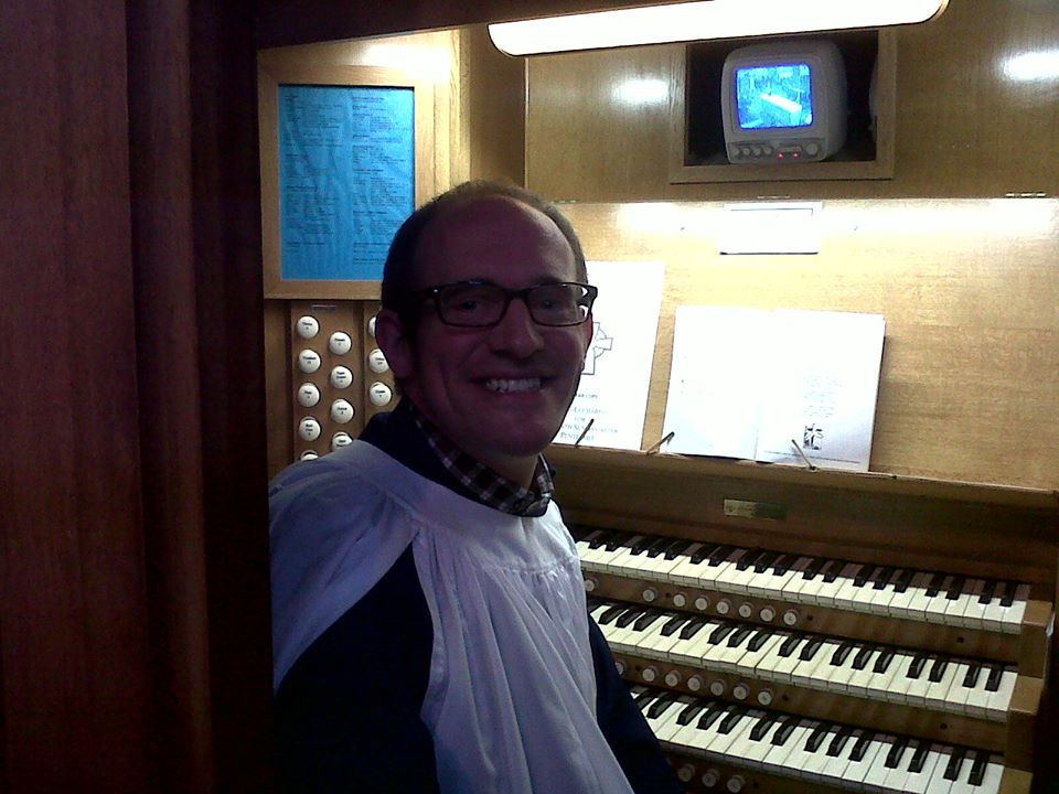 DJ on SP organ